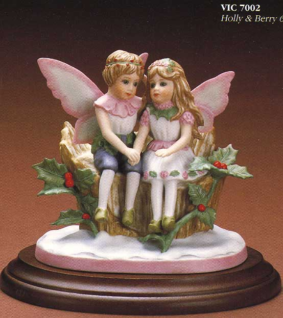 Holly and Berry figurine by Cindy McClure 1987